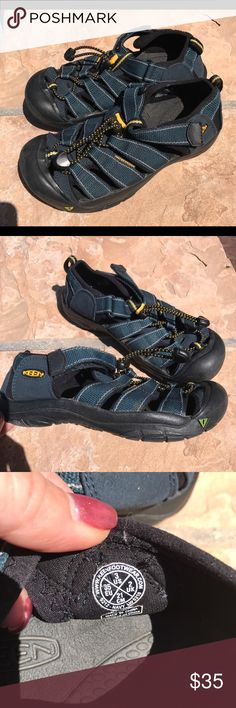 Keen Waterproof Hiking Sandals kids 3 Worn once Keen Black and blue waterproof Hiking Sandals.  Kids size 3.  No box.  Adjustable Velcro strap over top of foot.  Cinched tie. Padded ankle strap, protected toe. Keen Shoes Sandals & Flip Flops