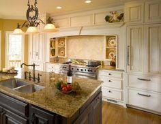 traditional kitchen by Bernie Smith