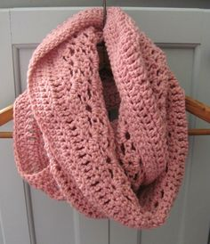 I have recently been loving the rose pink color, so when I went shopping for some new yarn I was on the hunt for this ...