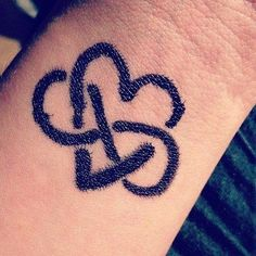 Small infinity heart tattoo. This is obviously sharpie, but it looks cool!
