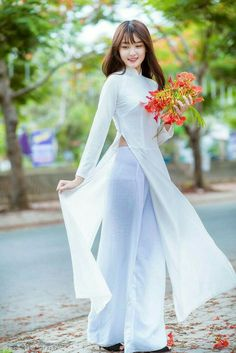 Watch Cam porn videos for free, Visit to watch Vietnamese Traditional Dress, Vietnamese Dress, Traditional Dresses, Ao Dai, Asian Fashion, Girl Fashion, Moda China, Beautiful Asian Girls, Asian Woman