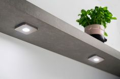 #Greenpanel wandschap met verlichting. Mooi als opberger in de #keuken en praktisch als werkverlichting voor het #keukenblad.