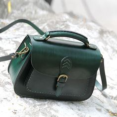 Handcrafted Vintage Vegetable Tanned Leather Messenger Women s Fashion Bag  Handbag Leather Shoulder Bag Casual Satchel in Green Overview: Design   Vintage ... 562e915d0db28