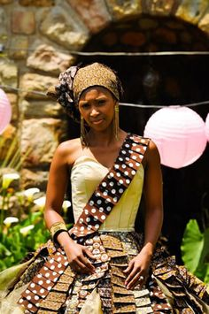 zulu traditional wedding - Google Search Zulu Traditional Wedding, African Traditional Wear, Traditional Outfits, Captain Hat, Sari, How To Wear, Wedding Ideas, Google Search, Fashion