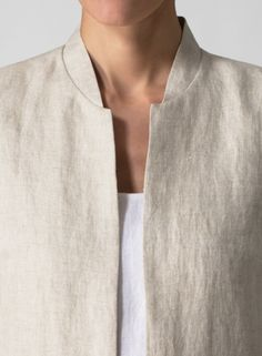 Clothing details: pockets, cuffs, sleeves, shoulders of dresses… Mode Style, Style Me, Miss Me Outfits, Fashion Details, Fashion Design, Cropped Blazer, Linen Dresses, Mode Inspiration, Dress Patterns