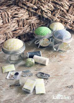 www.kamalion.com.mx - Recuerdos / Favors / Detalles Personalizados / Vintage / Bautizo / It's a boy / Verde / Green / Kit de costura / Sewing kit / Costureros / Mason jar.