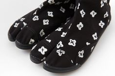 Marugo Split Toe Shoes Small Flowers : SOU • SOU US Online Store
