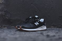 New Balance 530 Athleisure Pack