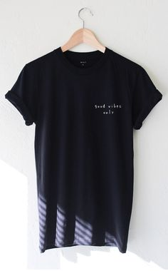Good Vibes Only Tshirt - Black