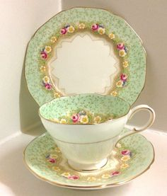 "Paragon Art Deco "" Damask Rose "" Pattern English Bone China Tea Set Trio   Pottery, Porcelain & Glass, Porcelain/China, Paragon   eBay!"