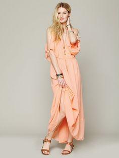 Free People Open Shoulder Maxi Dress http://www.freepeople.co.uk/whats-new/open-shoulder-maxi-dress-27535491/