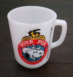 Snoopy Vote for the American Beagle Vintage 1980 Anchor Hocking Milk Glass Mug