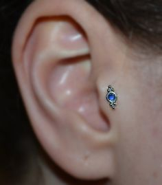 Silver 2mm Blue Sapphire TRAGUS STUD / EARRING // 18g Small Nose Earring / cartilage/helix piercing 18 gauge jewelry