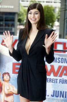 Photos of Sexy Alexandra Daddario. Nude photos of Alexandra Daddario you can find here. Alexandra Daddario is a popular 31 year old blue eyed and extremely big Most Beautiful Models, Beautiful Celebrities, Beautiful Actresses, Alexandra Daddario Baywatch, Alexandra Daddario Images, Chica Fantasy, Non Blondes, Percy Jackson, Hollywood Actresses