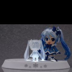 Vocaloid Snow Miku chibi action figure