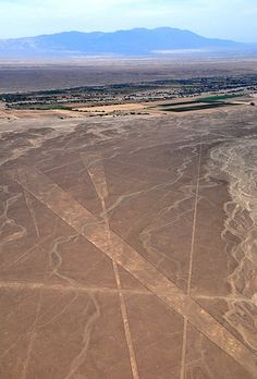 Nazca Lines by aaron.oberlander, via Flickr