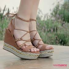 b61824bca 13 melhores imagens de Saltos   Vestidos, Sapatos altos e Sapatos ...