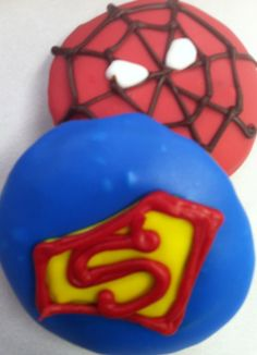 O'doodleDoo's Donuts, Suffolk, VA....super hero donuts! Donut World, Suffolk Va, Halloween Donuts, Delicious Donuts, Hand Designs, Doughnuts, Party Planning, Projects To Try, Coffee