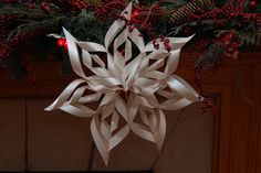 PaperDolls of Saratoga: Paper Snowflake DIY