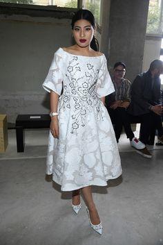Giambatista Valli : Front Row - Paris Fashion Week Womenswear Spring/Summer 2018 - Zimbio