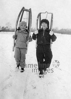 Great Photos, Old Photos, Timeline Images, Berlin, Skier, Kids Skis, Vintage Ski, Vintage School, Photo B