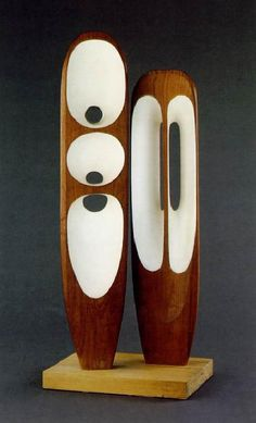 Sculpture by Barbara Hepworth Art Sculpture, Stone Sculpture, Metal Sculptures, Organic Sculpture, Barbara Hepworth, Henry Moore, Action Painting, Wood Art, Glass Art