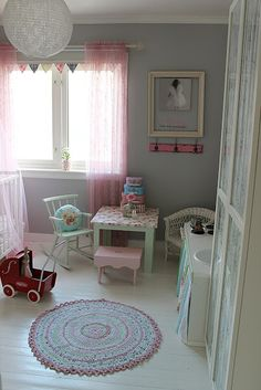 Pretty pink and grey room. Girl Nursery, Girls Bedroom, Pink Sheer Curtains, Kids Room Design, Decor Room, Little Girl Rooms, Kid Spaces, Baby Decor, New Room