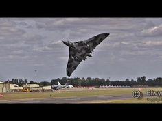 RIAT 2015  Avro Vulcan XH558  HOWLs!!