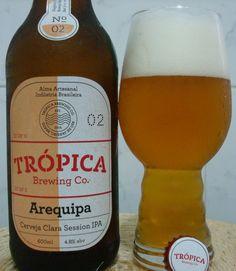 Cerveja Arequipa, estilo Session IPA, produzida por Trópica Brewing, Brasil. 4.8% ABV de álcool.