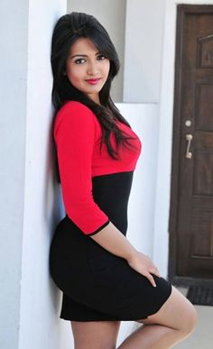 Top dating females in Pune wants to meet you , Just call at Swati loomba Pune escorts services