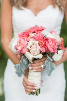 bridal bouquet idea; photo: Kelsey Combe Photography