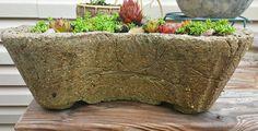 Nádoby z hypertufy věrně napodobují přírodní kámen