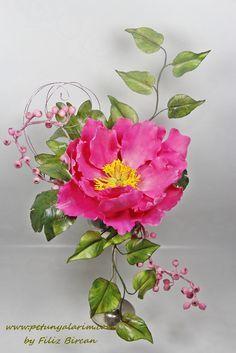 Sugar Paste Flowers, Icing Flowers, Fondant Flowers, Clay Flowers, Paper Flowers, Fondant Bow, Fondant Tutorial, Fondant Cakes, Peonies And Hydrangeas