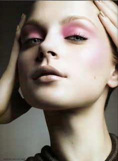 Jessica Stam - Lovely subtle pink and nude face super pastel and super beautiful