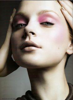 Jessica Stam - Lovely subtle pink and nude face super pastel and super beautiful Jessica Stam, Beauty Make Up, My Beauty, Beauty Hacks, Hair Beauty, Eye Makeup, Hair Makeup, Runway Makeup, Makeup Art