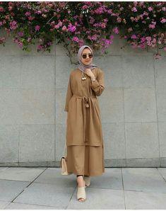 Hijab hangout, - World Fashion Week Hijab Style, Casual Hijab Outfit, Hijab Chic, Abaya Fashion, Modest Fashion, Fashion Outfits, Fashion Muslimah, Modest Dresses, Modest Outfits