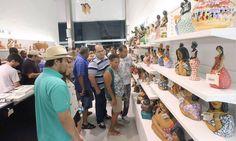 """* Centro de Artesanato * Localizado na Praça do """"Marco Zero"""", Bairro do 'Recife Antigo'. # Recife, Pernambuco. Brasil."""