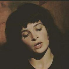 ❤ young Juliette