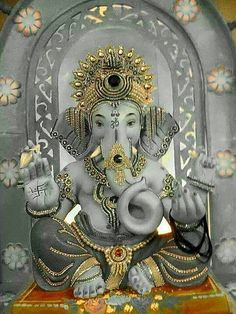 The Lord Ganesha in Hinduism appears to have an elephant head. This puts faith in people and allows them to see past one's outer appearance; seeing the spiritual side of everything allowing for them to still their rational mind and eliminate obstacles. Ganesha Tattoo, Ganesha Art, Lord Ganesha, Lord Shiva, Ganesha Drawing, Jai Ganesh, Shree Ganesh, Ganesha Pictures, Ganesh Images