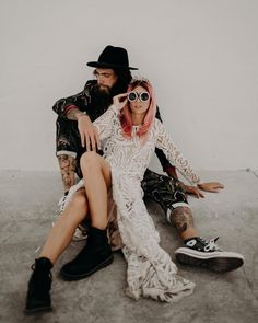 edgy wedding rock couple pink hair bride tropical suit for the groom Rocker Wedding, Edgy Wedding, Wedding Pics, Wedding Bride, Wedding Styles, Grunge Wedding, Bride Groom, Dream Wedding, Wedding Dresses