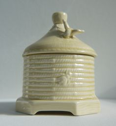 Bee Hive Honey pot