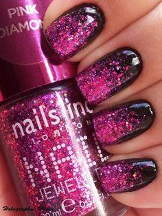 Rocker nails black pink glitter