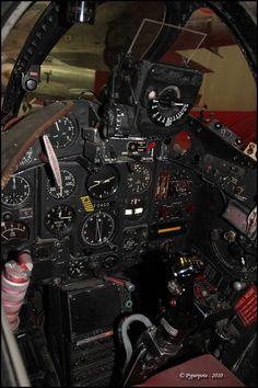 Dassault Super Mystere IV A Cockpit