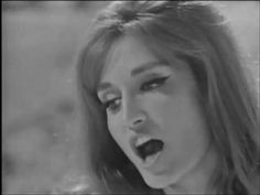 Dalida - Tu n'as pas mérité (1965) - YouTube