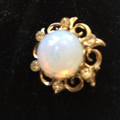 Vintage small opalite broach. Faux opal & rhinestone 1990s perfect condition broach. Inch round. Jewelry Brooches