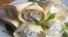 cottage-cheese-with-mint-wrapped-in-sulguni