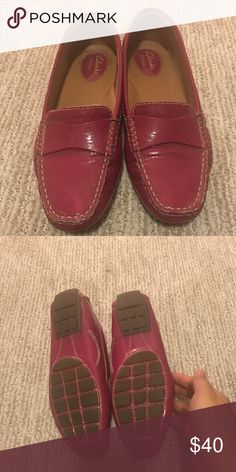 8b083dc4e60 Clarks women shoe size 7.5 In very good condition. Clarks Shoes Flats   Loafers  Clarks