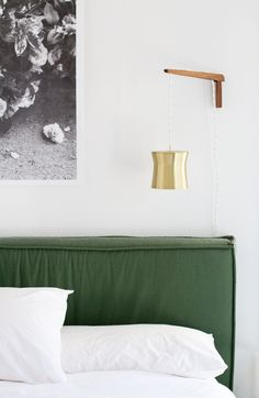 White bedroom walls: http://www.stylemepretty.com/living/2015/07/31/white-paint-go-tos/