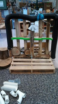 Construction Play - Pierpont Laboratory Preschool ≈≈ Reggio Classroom, Outdoor Classroom, Outdoor School, Outdoor Learning Spaces, Outdoor Play Areas, Construction Area Early Years, Outside Playground, Playground Ideas, Block Area