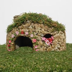 Miniature Gardens Mr. Hoppy's Toad House by enchantedgardens
